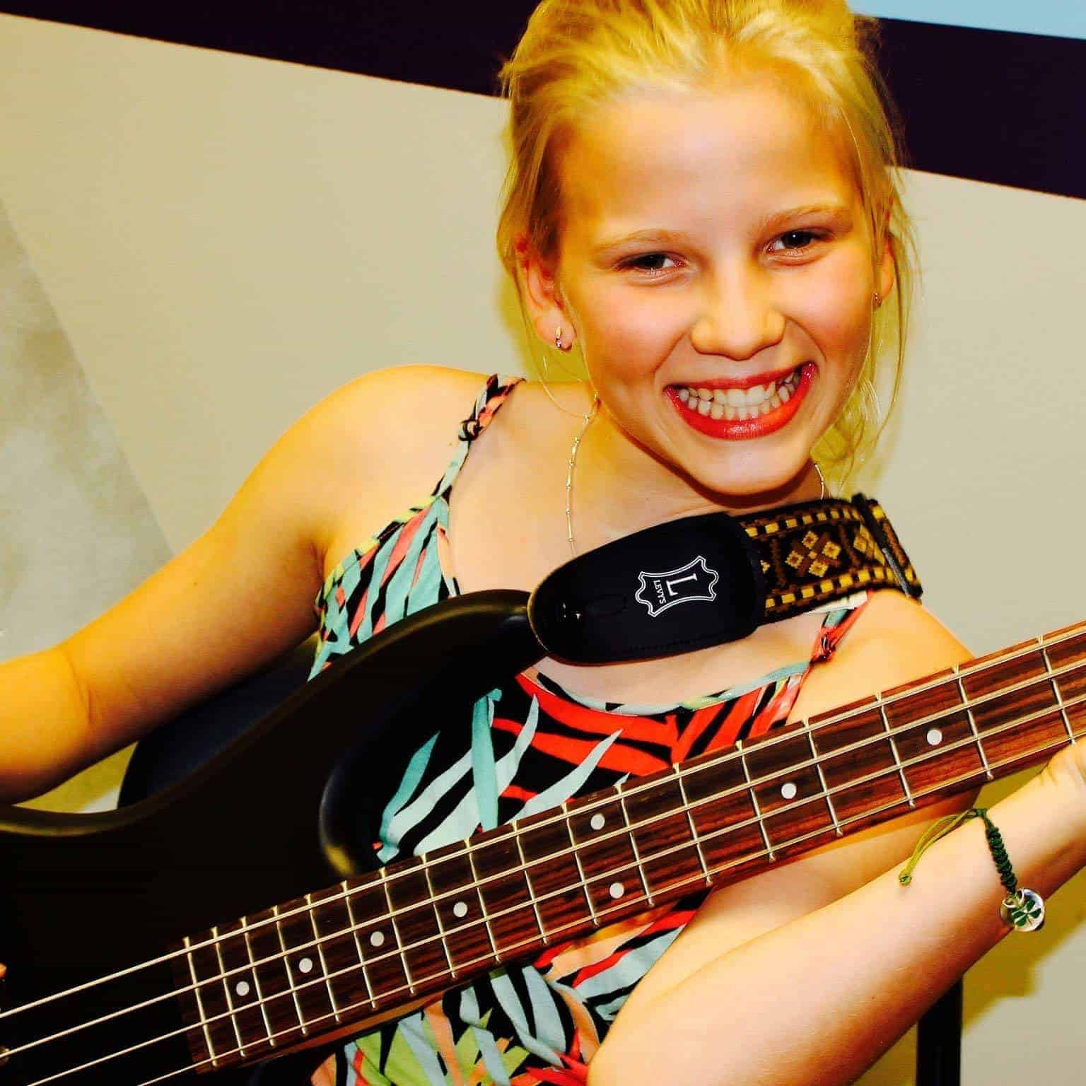 Bass Lessons Edmonton with Lexy
